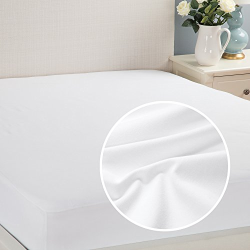 BOB/'S FURNITURE WATERPROOF BREATHABLE TWIN SIZED BED PROTECTOR